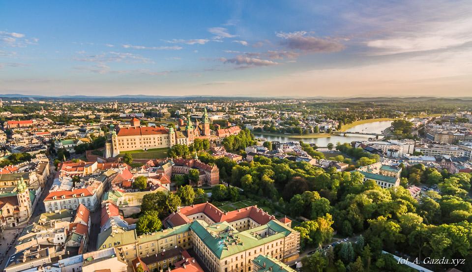 Kraków z lotu ptaka panorama miasta